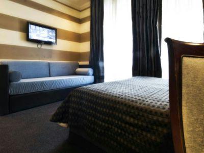 hôtel-panama-rome-chambre-triple01